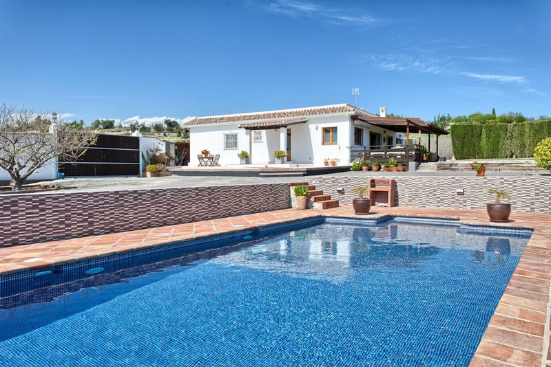 Lovely country home in the hills above Estepona