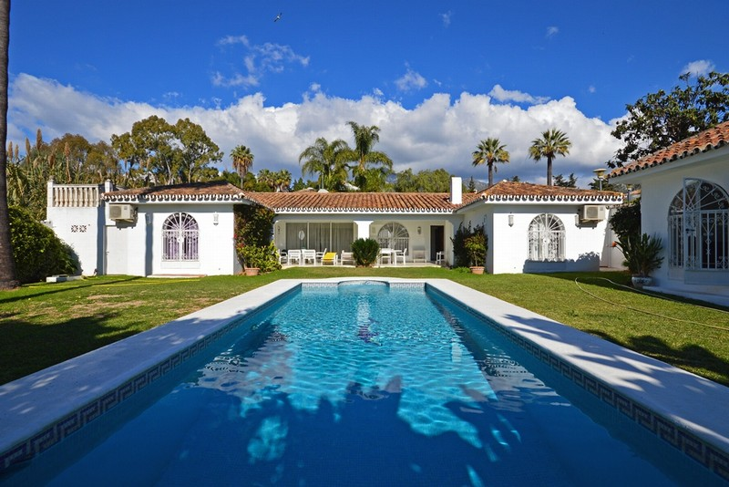 Marbella Club on the Golden Mile - villa in one of Marbella's best locations.