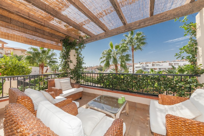 Exceptionally spacious 4 bedroom 3 bathroom villa at Riviera del Sol on the Costa del Sol