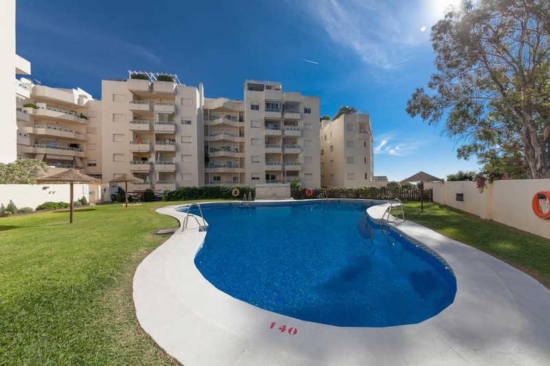 Marbella - 2 bedroom apartment a short walk from the beach for only 164,950 Euros