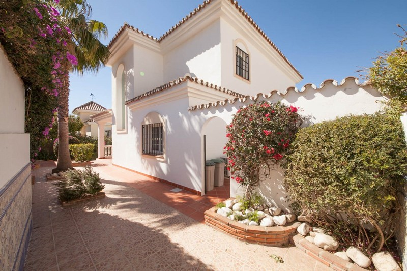Torrenueva, Mijas Costa is a great location to live - superb family villa for 885,000 Euros