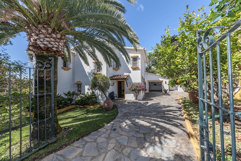 Villa at Guadalmina, Marbella reduced to 699,000 Euros