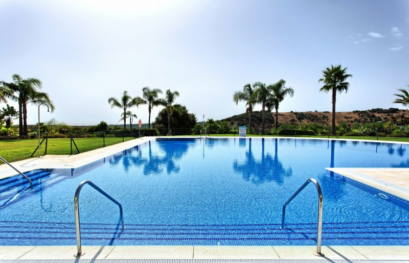 Apartments with private swimming pool on the Costa del Sol for under 250,000 Euros