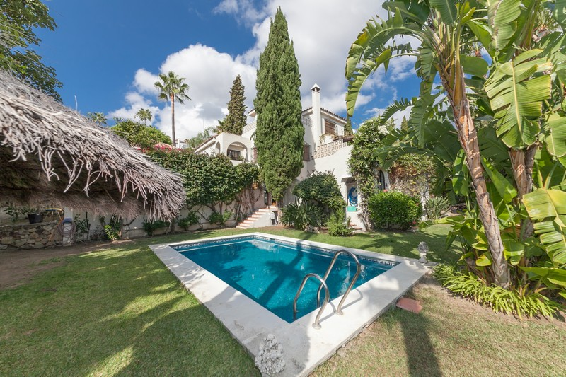 Spacious Marbella family villa in Los Naranjos Hill Club, Nueva Andalucia.