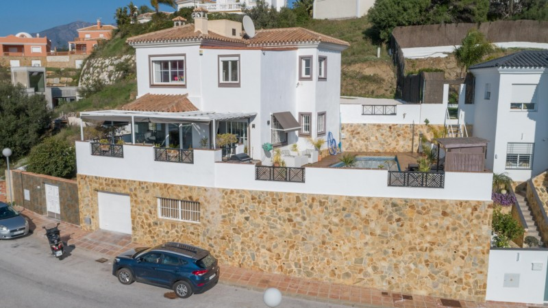 Spacious family 4/5 bedroom villa 5 minutes from Fuengirola's beaches