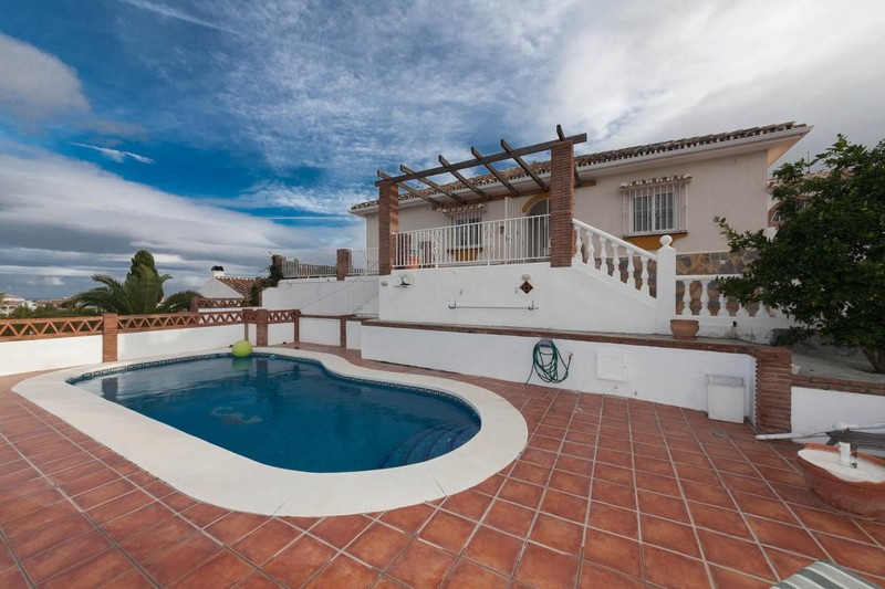 Lovely villa with open views and pool in Mijas Costa