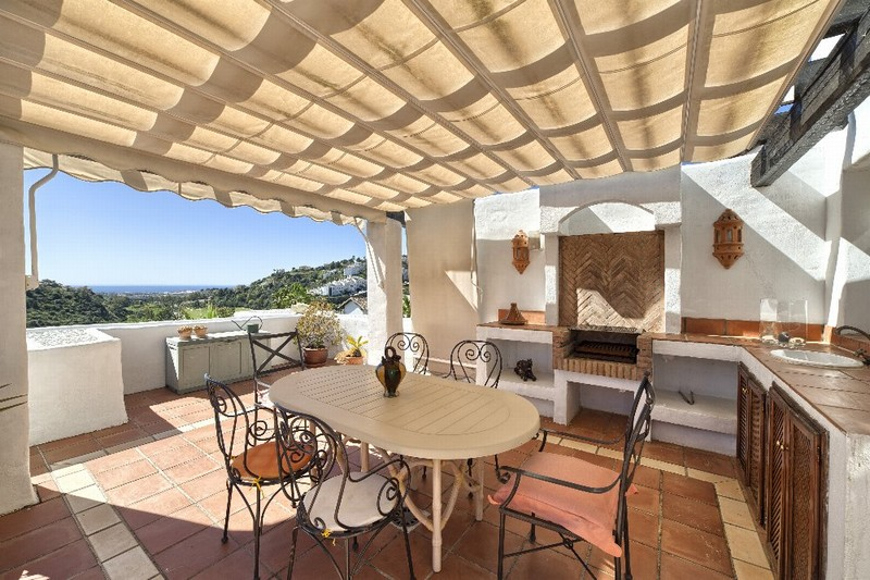 Luxury penthouse with open views at Lomas de La Quinta at  Benahavis on the outskirts of Marbella