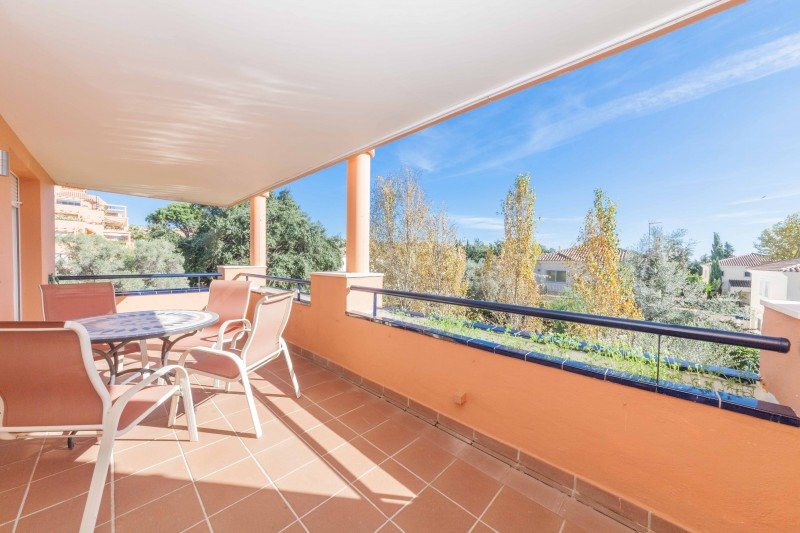 Elviria, 2 bedroom apartment for sale with open views